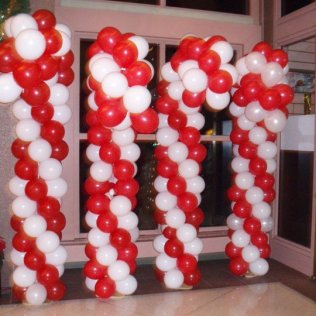 Balloon sculpture candy cane