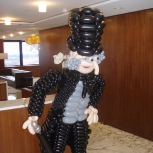 Balloon sculpture scrooge